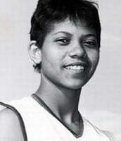 Wilma Rudolph before running with college students.