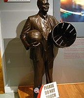 Statue of James Naismith
