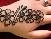 Free Henna Tatoos