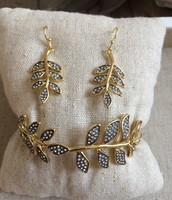 Ivie Bangle & Earrings