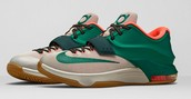 "Come Down And Get  The New KD 7 ""Easy Money!"""