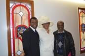 Bro John from Nigeria Worships w/ Concord