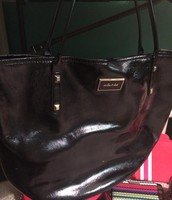 Black shiny tote