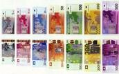 Euros (€)
