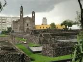 La Plaza de Tres Culturas