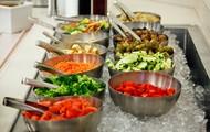 Make-your-own-salad bar