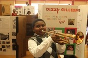 """CREATE A """"LIVING WAX MUSEUM"""" IN YOUR SCHOOL OR LIBRARY!"""