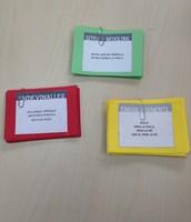 Cartolines per fer jocs d'embarbussa-ments, endevinalles i dites