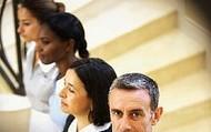 Con cursos de formación para empleadas y empleados de hogar