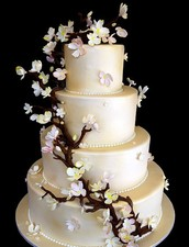 Our store has the best wedding cakes in town!