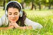 Em mi me gusta escuchar música