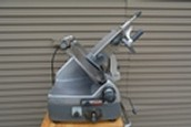 HOBART SLICER MODEL 2712