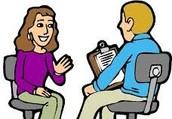 Estas en una entrevista de trabajo y el empleador te hace preguntas para saber tus capacidades.