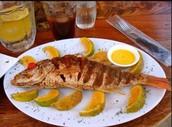 El pescado: cinco mil setecientos cincuenta y dos cólones.