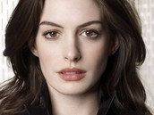 Hero (Anne Hathaway)