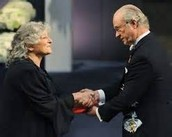 Ada Yonath recieves  nobel peace prize