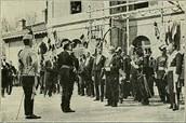 צילום של הטקס מחוץ לאקדמיה הצבאית