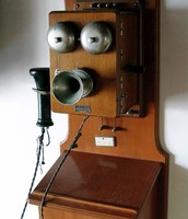 Telephone in the early 1900s