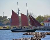 Sailing on the Roanoke Sound