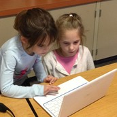 1st Grade Teamwork - Hour of Code