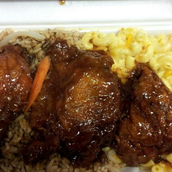 #8 . Coman en Jamaican D's.