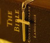 1-Le tableau de structures et éléments de la Bible.
