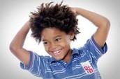 Niños y familias que manifiestan comportamientos de placer y alegría