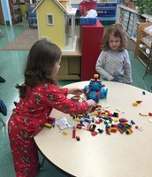 Senior Kindergarteners use Modified Design Thinking Process