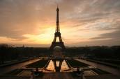 Come visit the famous Eiffel Tower!