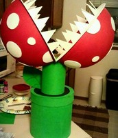 Chomping flower, Mario.