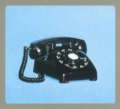 1949- First Phone to combine a Ringer and Handset