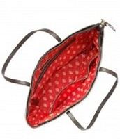 La Totale Tote bag in Metallic Ikat $34 (interior view)