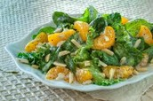 Romaine and Mandarin Orange Salad (3₯)