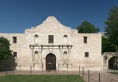 The historical Alamo can be visited in San Antonio