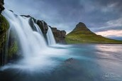Iceland is a beautiful country with all kinds of amazing physical featues to explore and find.