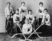 Canadian's women hockey team