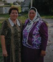 бабуся Валентина та її сестра