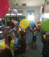 2D had a balloon day!