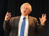 Alumnos Mackay en Conferencia con Premio Nobel de Física