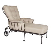 Montera Chaise Lounge
