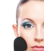 ALERTAS EVENTOS ADVERSOS El uso de cosméticos puede adelantar la Menopausia