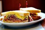 el sándwich de desayuno