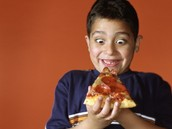 How does junk food effect the digestive system