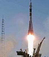 The Launch of Soyuze TM-30