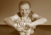 """Gary Reitze Presents """"Light on the Yoga Sutras of Patanjali"""" by BKS Iyengar"""