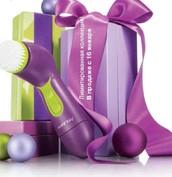 Любимая всеми Щетка для глубокого очищения лица Skinvigorate теперь в красивом цвете! Лимитированная коллекция! В продаже с 16 января