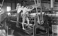 Children working in the sweatshops