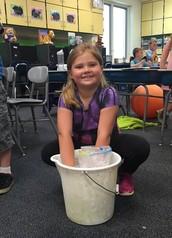 Weismiller's 1st Graders Make Blubber!
