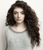 Ella Yelich-O'Connor (Lorde)