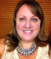 Carolyn Bowden, Stylist